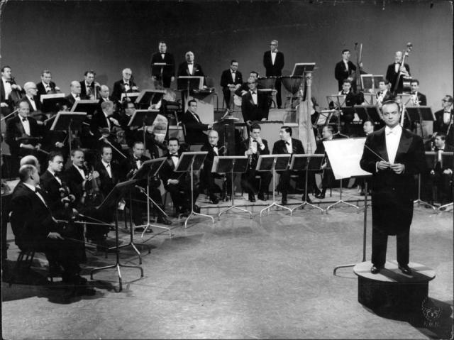 astor_piazzolla_28canal_132c_196329